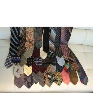 Lot of 40 brand / designer Ties
